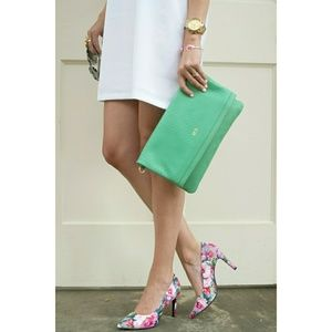 Seychelles Frequency Floral Pumps